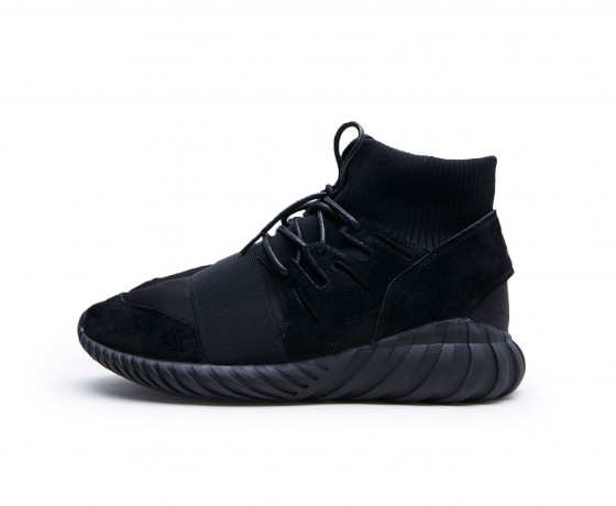 adidas Tubular Doom Triple Black 1